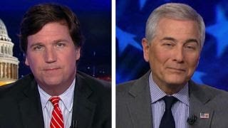 Tucker vs. Dem strategist on Trump dossier thumbnail