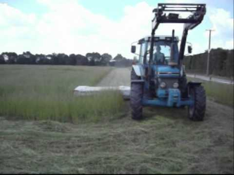 Mowing with Ford 6610 NZ