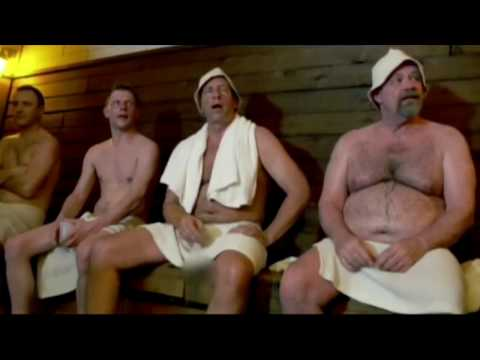 Mike Rowe uses Cold Plunge Pool At Chicago Sweatlodge