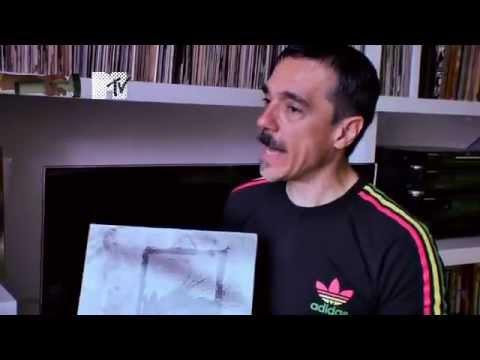 Charles Gavin mostra sua coleção de discos no Discoteca MTV