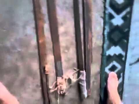 el video que delato a un preso mostrando cortes en el comcar