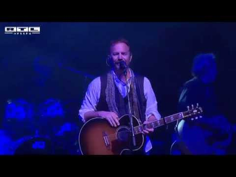 "Kevin Costner & Modern West  tour 2011 - live -  ""Moon So High""  Offenbach / Germany"