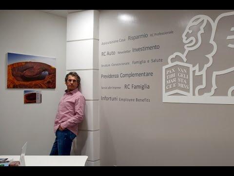 Fabrizio Antonelli con le sue foto ospite all'inaugurazione Agenzia Generali Firenze Rifredi (FI)