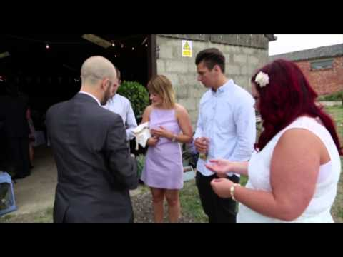 Dorset Wedding Magician Chris Piercy - Close-Up Magic