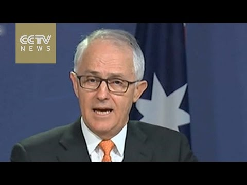Australia moves to close door on asylum seekers