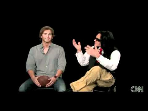 Download Youtube: CNN Interview: 'The Room' - Tommy Wiseau and Greg Sestero pt1