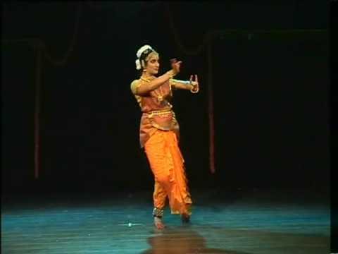 Ashtapadi Dheera Sameerae.avi