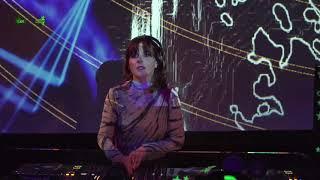 Techno ist Familiensache Livestream w/ Anja Schneider & VJ Madpoly