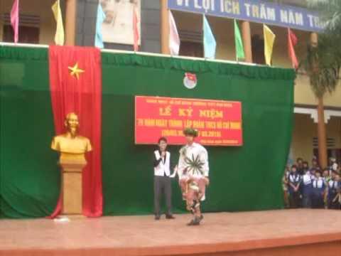 Thoi trang 12a2 THPT Phu Ninh 26-3- -2010.flv