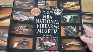 Книга о ценностях национального музея оружия NRA