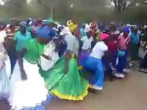 """Nditarire nokufara"" - Zion Zimbabwe"