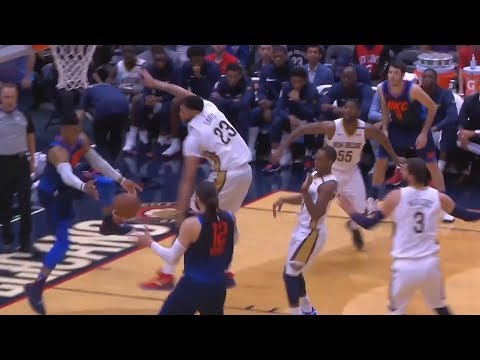 Russell Westbrook Fools The Entire Pelicans Team with Pass to Steven Adams (VIDEO)