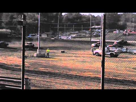Quincy Raceways 8-25-13 stockcars heat.
