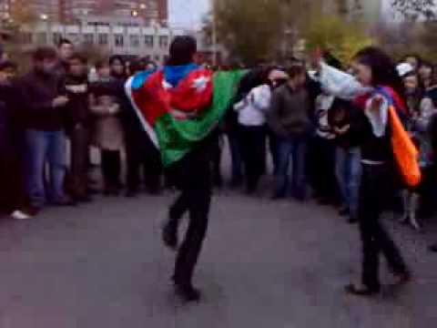 Азербайджанец и Армянка