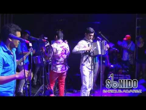 Video del Churo Diaz & Elias Mendoza cantando