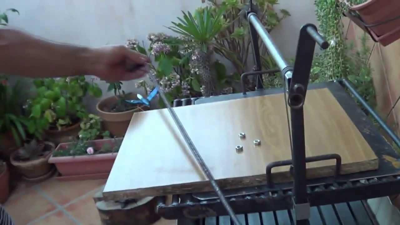 Como hacer un soporte para platos en la barbacoa youtube - Como hacer un barbacoa ...