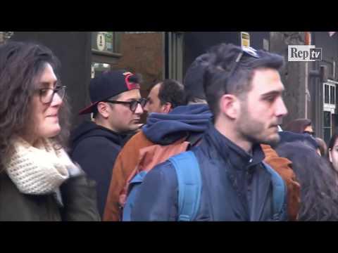 Turisti a caccia della Napoli di Elena Ferrante