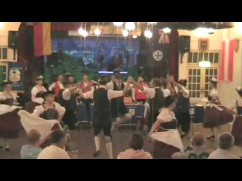 german-slap-dancing--hittin-the-ground