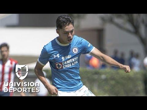 Víctor Zúñiga ya está recuperado de su golpazo y podría jugar por el lesionado Ángel Mena