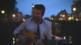 Смотреть клип Brett Eldredge - Haven'T Met You