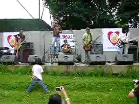 Slank - Punk Jawa @ Konser KOIN Untuk Anak (28 Maret 2010)