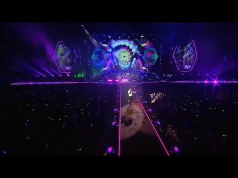 """Adventure of a Lifetime"" - Coldplay Live! (HD) Rose Bowl 2017"