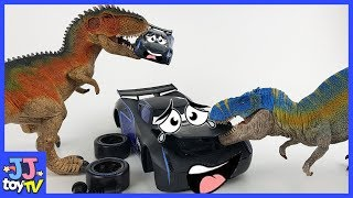 The Dinosaur Appeared In Tomica Racing Track. Help! Disney Car3 Mcqeen Toy Play.[Jjtoy Tv]