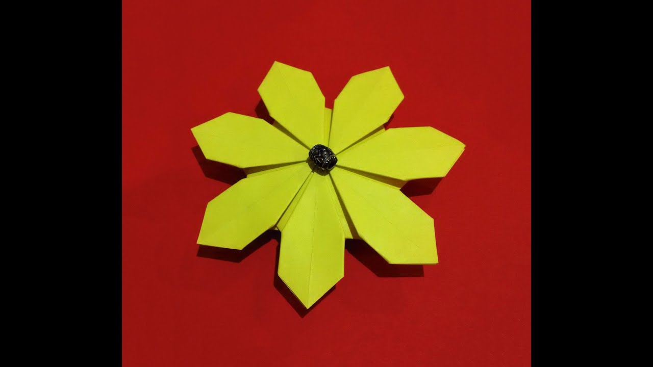 Easy origami flower simple and rich 3d paper flower daisy flower youtube premium mightylinksfo