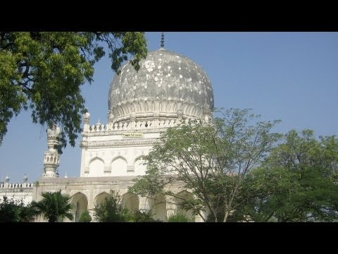 Top 4 Neighborhoods to Visit | Hyderabad Travel