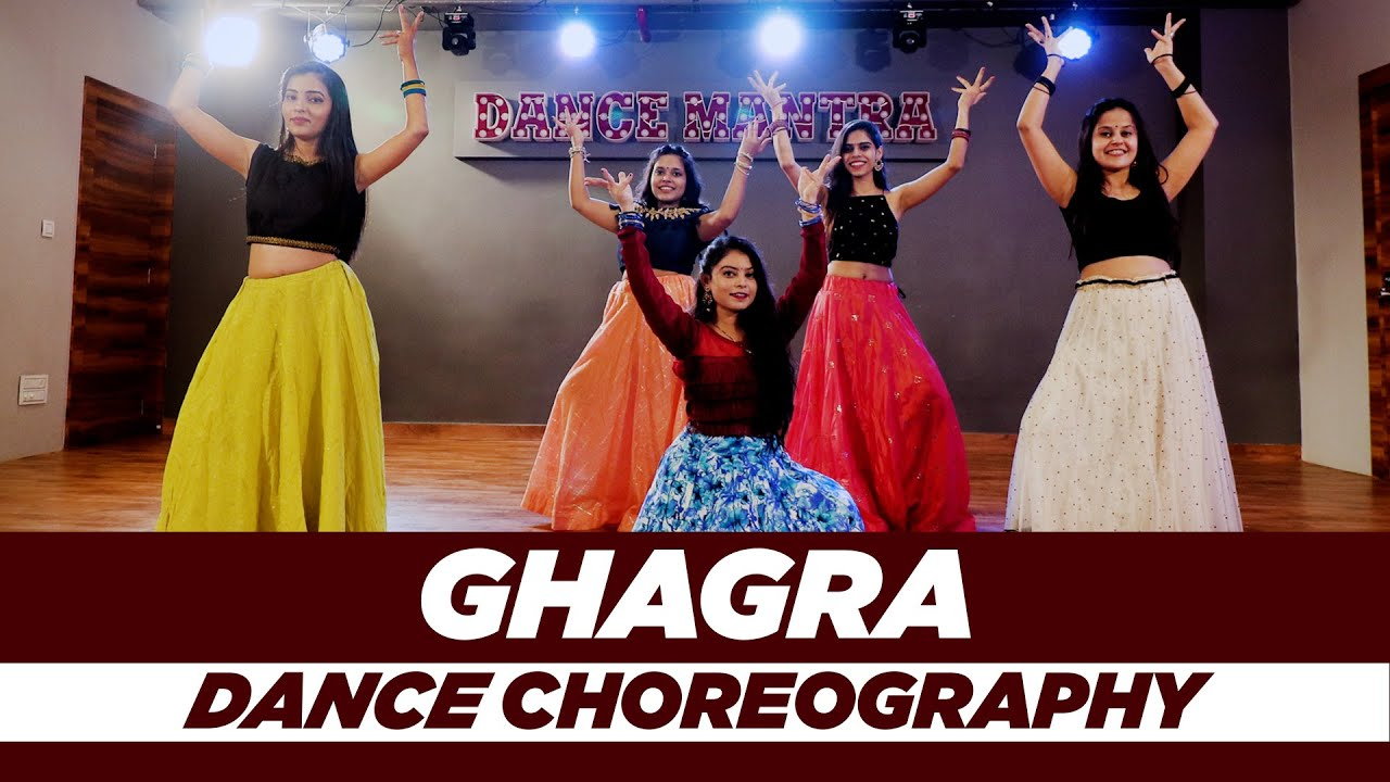 Ghagra | Aakanksha Jayswal Choreography | Dance Mantra Academy