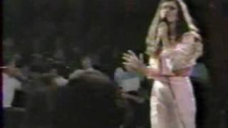 Celine Dion -  Sur les chemins de ma maison