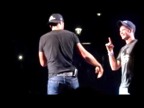 Luke Bryan brings fan on stage 8/23