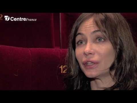 L'art du théâtre selon Emmanuelle Béart