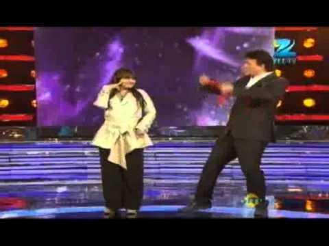 Star Ya Rockstar Nov. 20 '11 - Anu Malik & Alisha's Challenge