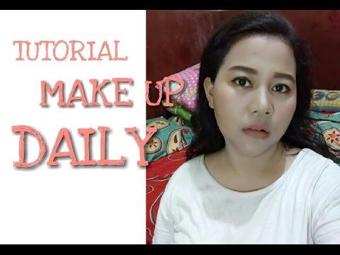 TUTORIAL MAKE UP NATURAL UNTUK SEHARI HARI - YouTube