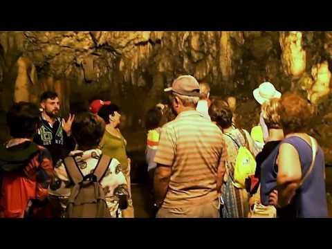 Βίντεο: Δείτε το σπήλαιο της Δρογκαράτης...