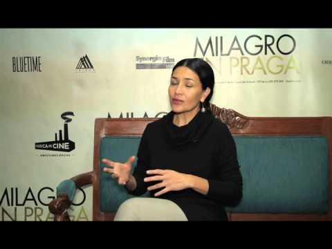 Dolores Heredia en Pisando Callos presenta Milagro en Praga