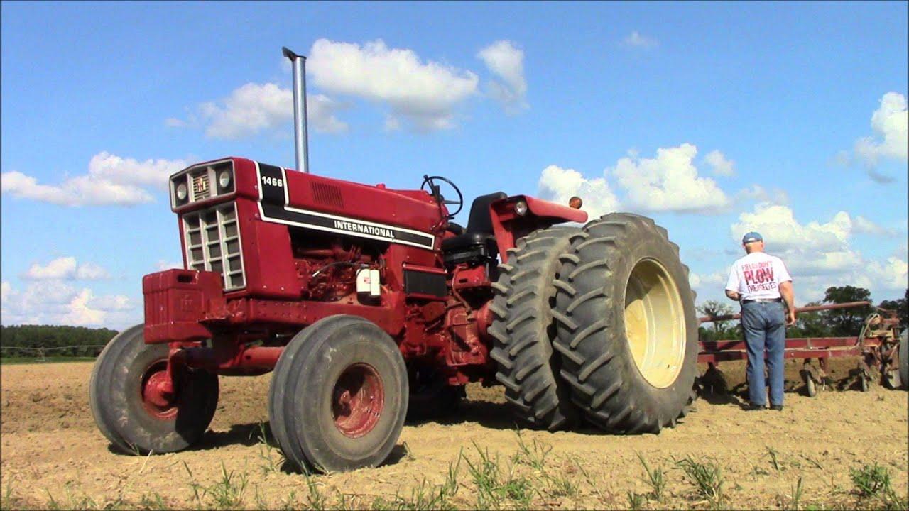 International 1466 Pulling Tractor : Jacksons international black stripe doovi