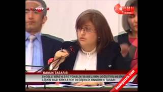 Kamer Genc - Fatma Sahin Tartisma, Turk kadininin yeri