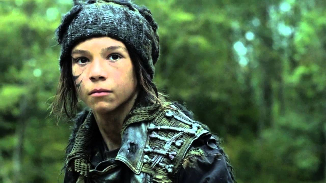 The 100 Octavia Saves A Grounder 3x06 Youtube