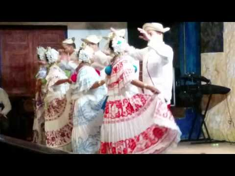 Folk Music and Dancing in Panama - Ralph and Jane's Visit