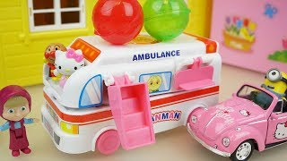 Hello kitty and Ambulance surprise eggs car toys play