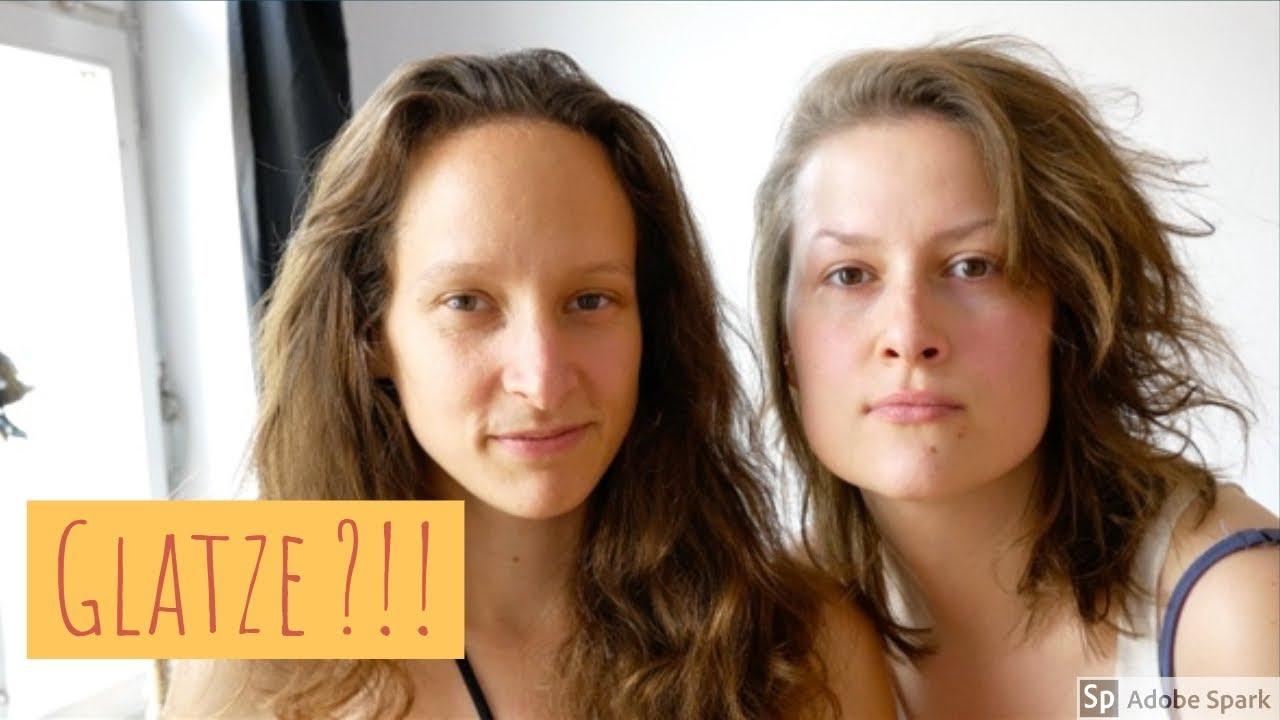Haare Abrasieren Zwei Frauen Rasieren Sich Die Kopfhaare Ab Youtube
