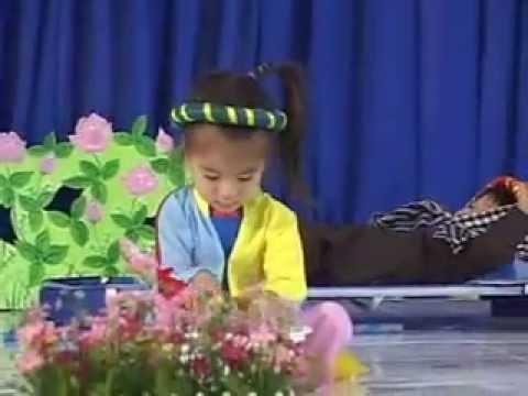 Kể chuyện Ba cô con gái (Lớp Mầm 2 - Trường MN Bá Thiên)