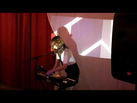 Emily Reo - Live at Junior High, Hollywood 4/13/2019 Mp3