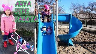 Arya in the park with baby cart. Pepe, Bebe, they all play together. - Fun Kids Video.