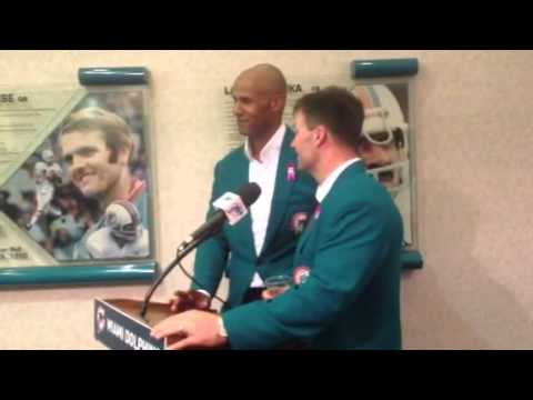 Jason Taylor, Zach Thomas join Dolphins Honor Roll