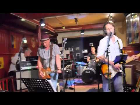 Snietsel + Friends   BB King Tribute 150821   04 Ain't Nobody Home