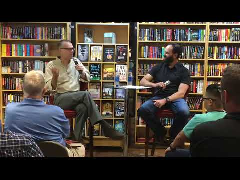 Kyle Mills discusses VINCE FLYNN RED WAR with Jack Carr, author of THE TERMINAL LIST Mp3