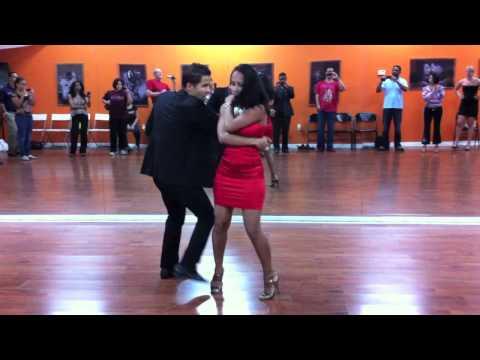Xtreme Te Recuerdas: Touch Bachata Dance Moves 005